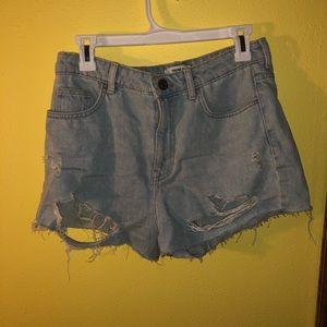 Forever 21 lightwash ripped denim shorts